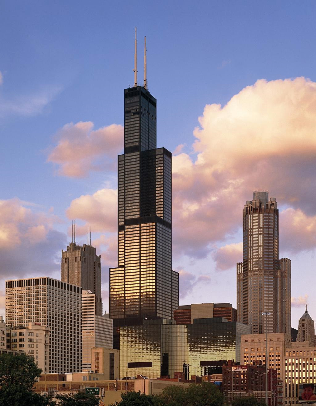 pictures 10 tallest buildings in the world amazing funny beautiful nature travel and much. Black Bedroom Furniture Sets. Home Design Ideas