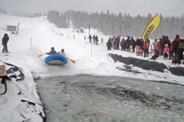 Snow rafting Monarch Mountain