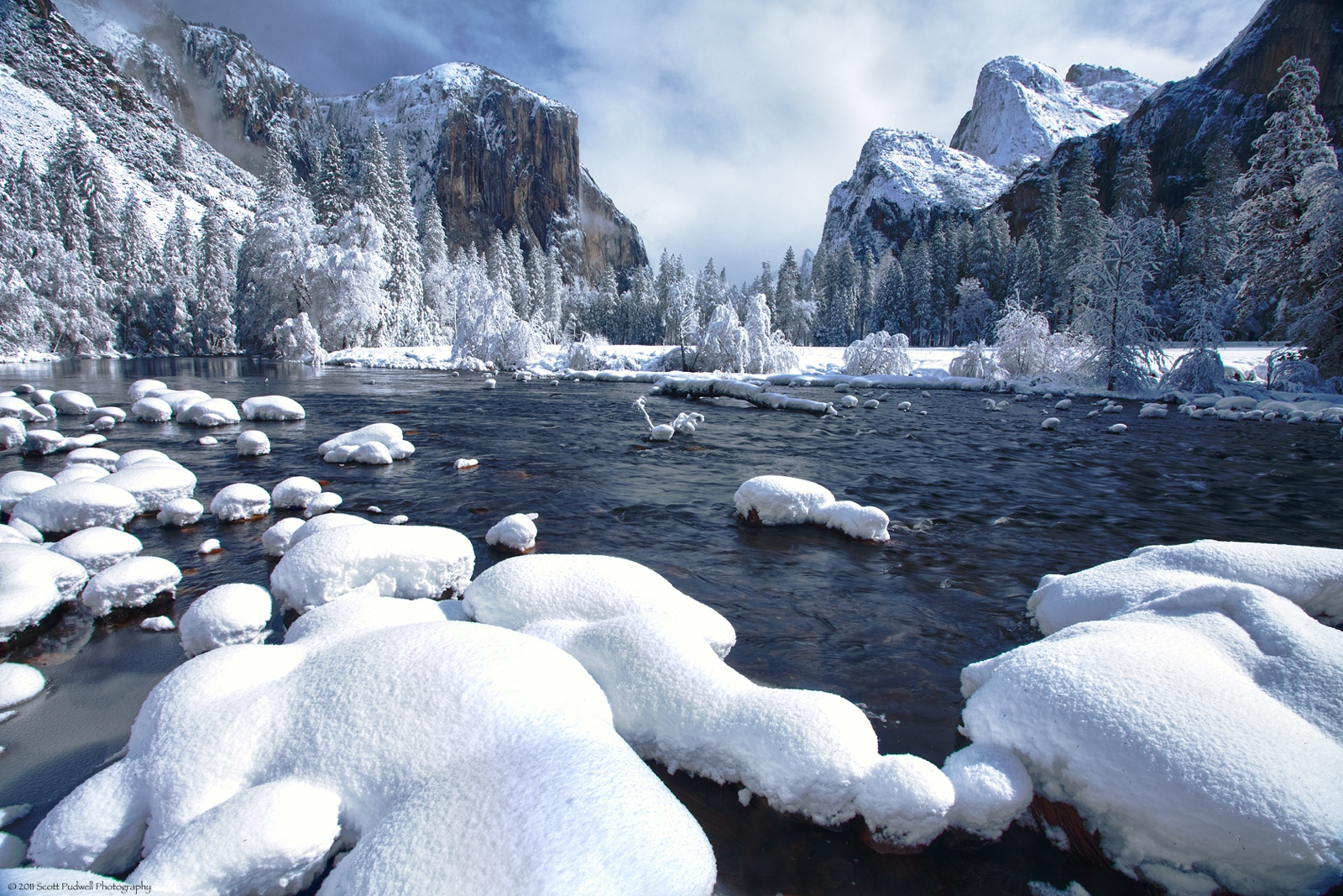 National parks beautiful places to visit for Vacation in the snow